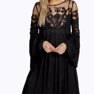 Boohoo Lace Wide or Bell Sleeve Dress